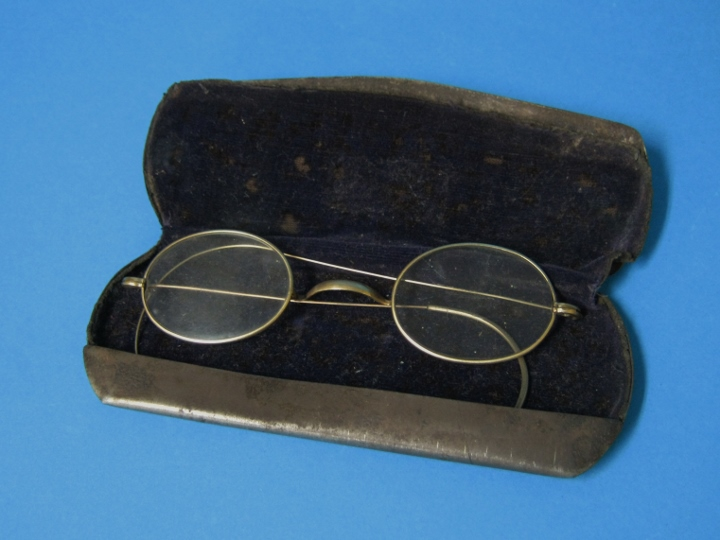 f16a03cce16c Antique Eyeglasses